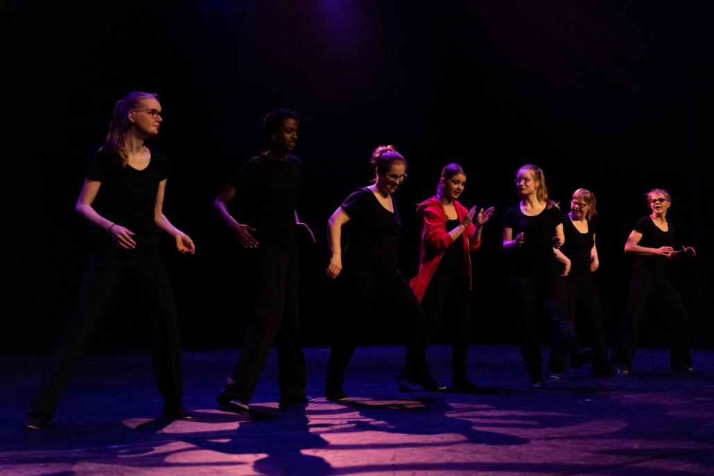 Dansles groep Sunshine Dancers